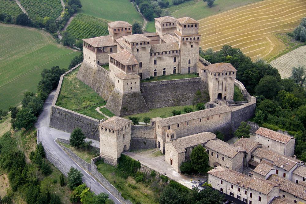 Grazie ai volontari Auser il Castello di Torrechiara è ancora visitabile ai turisti