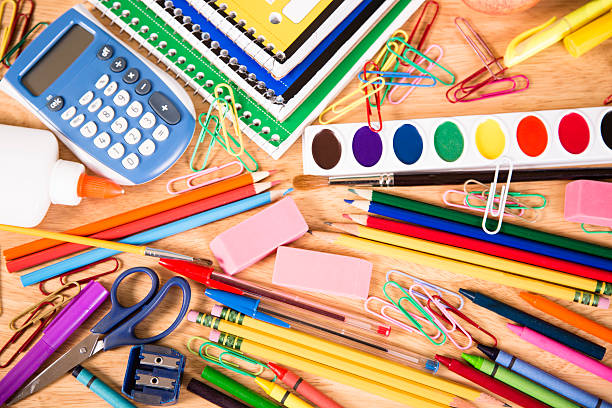 """A Ravenna l'iniziativa di solidarietà """"Tutti i bambini e le bambine vanno a scuola!"""": la raccolta di materiale scolastico per famiglie in difficoltà"""