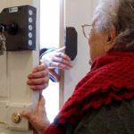 Truffe agli anziani: il 10 marzo la videoconferenza del Dipartimento Benessere di Spi Cgil, con Auser regionale e Federconsumatori