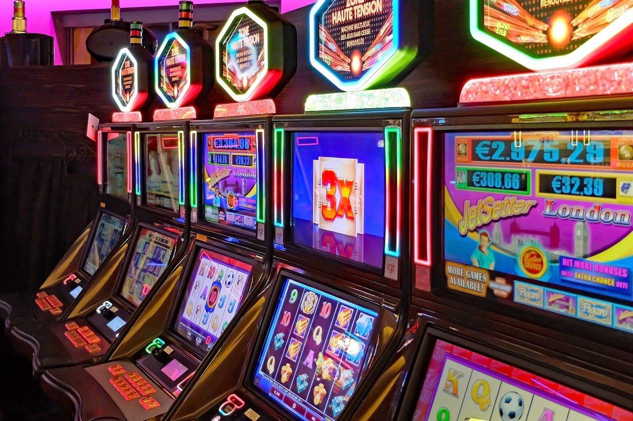 """Parte """"Liberi da un gioco"""", il percorso per sensibilizzare e informare gli over 65 sui rischi del gioco d'azzardo"""